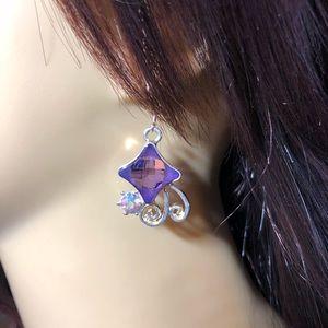 Jewelry - Diamond shaped amethyst gemstone earrings in gold